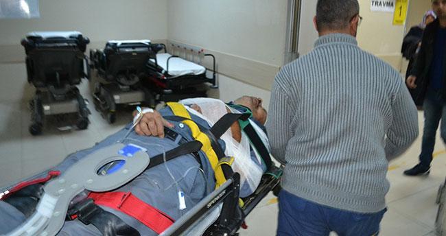 İşçileri taşıyan minibüs devrildi: 2'si ağır 9 yaralı