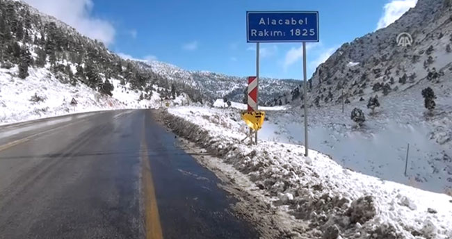 Konya-Antalya kara yolu trafiğe açıldı