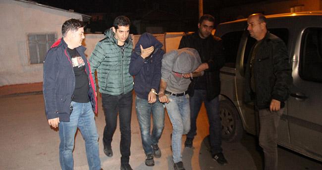 Konya'da cami inşaatından demir çalan hırsızlar polisten kaçamadı