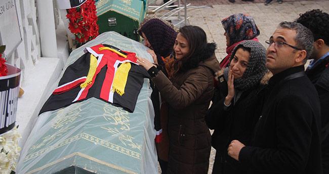 ODTÜ'lü İrem Konya'da gözyaşlarıyla son yolculuğuna uğurlandı