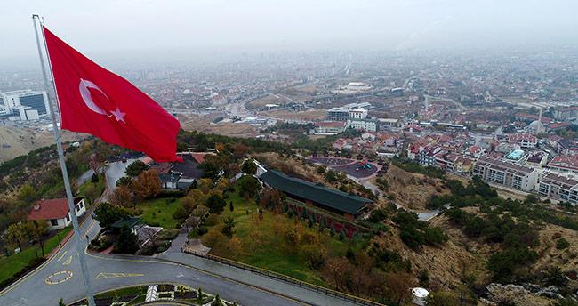 Konya'ya dev Türk Bayrağı!