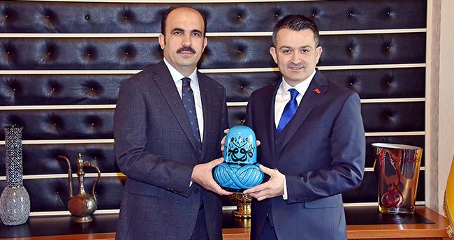 Tarım Bakanı Pakdemirli Başkan Altay'ı Ziyaret Etti
