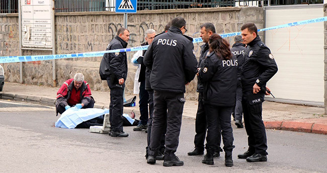 Talihsiz kadın sokak ortasında öldürüldü