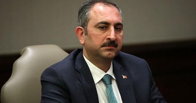 Adalet Bakanı Gül'den başörtüsü ve Kaşıkçı açıklaması