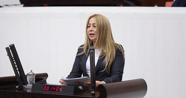 """Milletvekili Esin Kara: """"Beyin göçü engellenmeli"""""""