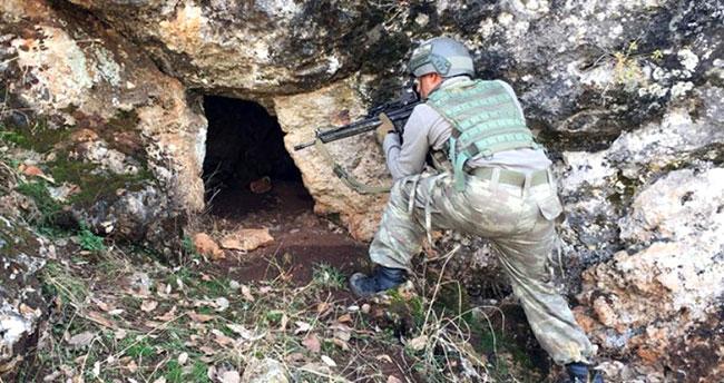 30 Terörist Mağarada Sıkıştırıldı! Özel Harekat Operasyona Hazırlanıyor