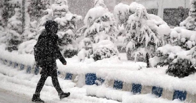 Konya'nın bazı ilçelerinde kar tatili bir gün daha uzatıldı