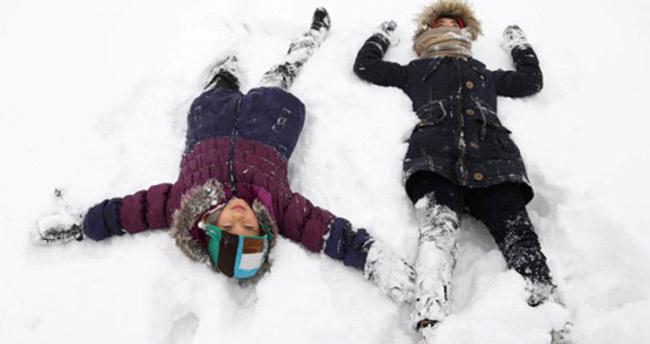 Konya'nın bazı ilçelerinde kar yağışı nedeniyle eğitime kar engeli