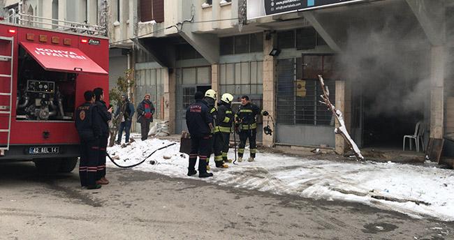 Konya'da iş yerinde yangın – Mum imalatı yapan iş yerinde yangın