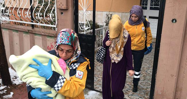 Konya'da bir kişi eşini ve 7 aylık bebeğini darp etti