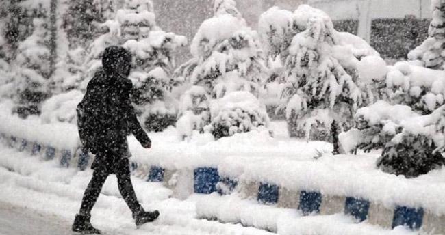 Konya'nın bazı ilçelerinde eğitime kar engeli – 7 Ocak kar tatili