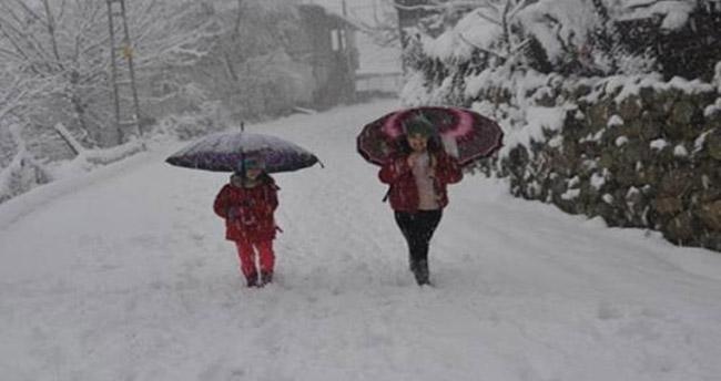 Konya'nın Beyşehir ilçesinde eğitime engeli – 8 Ocak Beyşehir kar tatili