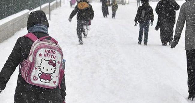 Konya'nın bazı ilçelerinde eğitime kar engeli – 8 Ocak Konya ilçeleri kar tatili
