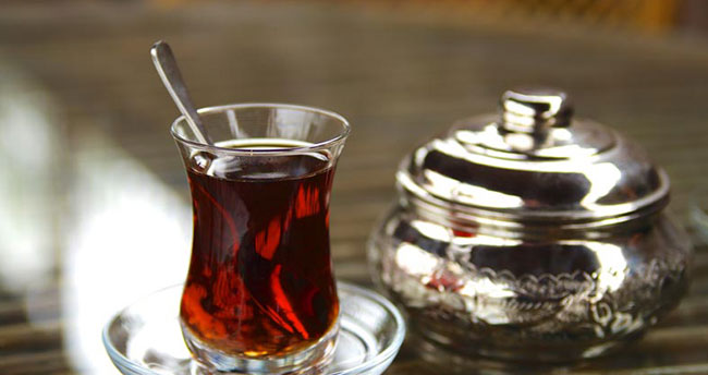Ünlü doktordan çaya uyarı geldi! Sakın içmeyin