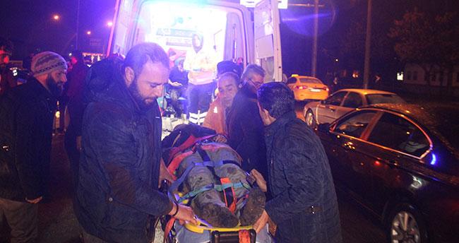 Kazazedeye yardıma gidenlere otomobil çarptı: 2 ölü 3 yaralı