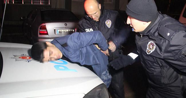 Konya'da 'Dur' ihtarına uymayan sürücü ve polis arasında kovalamaca yaşandı