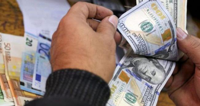 Dolarda düşüş hızlandı! İşte ilk rakamlar…