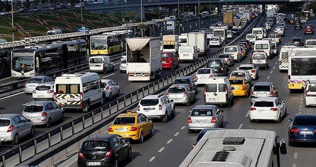 Türkiye'de trafiğe kayıtlı araç sayısı 22 milyonu aştı