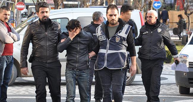 Araba çalıp satan şebeke üyeleri Konya'da yakalandı