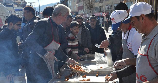 Şehit Ali Ergün için lokma dağıtıldı