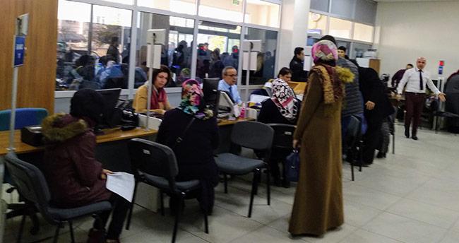 Konya'daki nufus dairelerindeki yoğunluk eksik personelden kaynaklanıyor