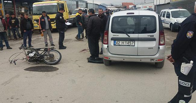 Konya'da motosiklet ile hafif ticari araç çarpıştı