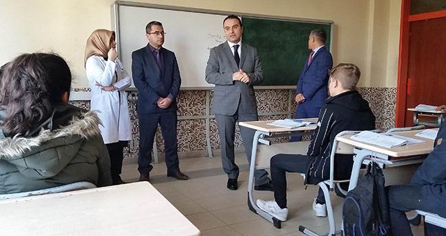 Konya'daki o okulda telefon sayısı düştü!