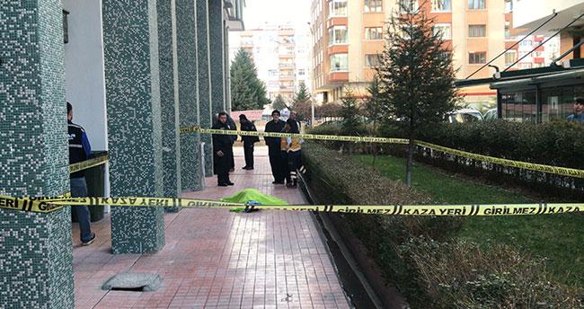 Konya'da 4. kattan düşen yaşlı kadın hayatını kaybetti
