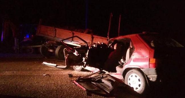 Konya'da otomobil traktörle çarpıştı: 1 ölü, 6 yaralı