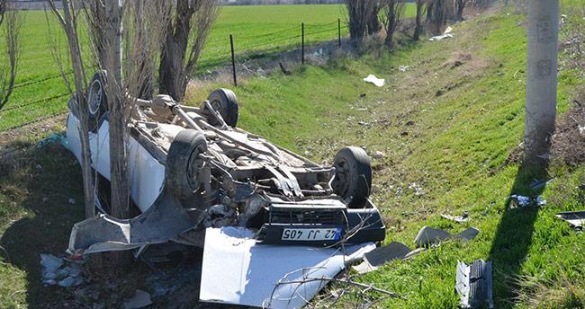 Konya'da takla atan otomobilin sürücüsü yaralandı