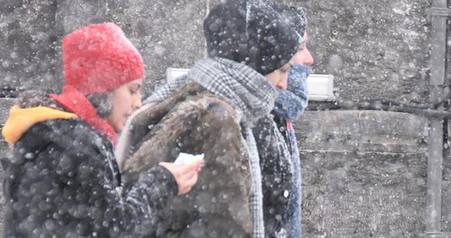 Konya'nın bu ilçelerinde yaşayanlar dikkat! Meteoroloji'den uyarı geldi: Kar ve sağanak…