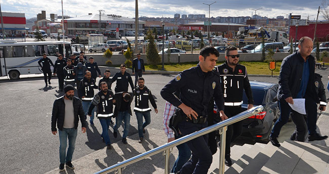 Karaman'da 6 kişi örgüt kurmak gerekçesi ile tutuklandı