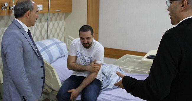 İl Sağlık Müdürü Koç'tan darp edilen doktora ziyaret