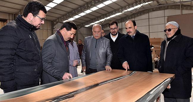 Başkan Altay ve Kılca esnafı ziyaret etti