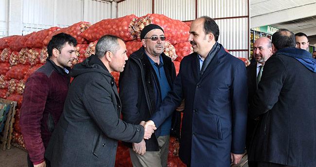 Başkan Altay'dan hal esnafına ziyaret