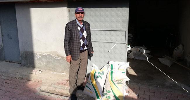 Yalıhüyük çiftçisine tohum dağıtıldı