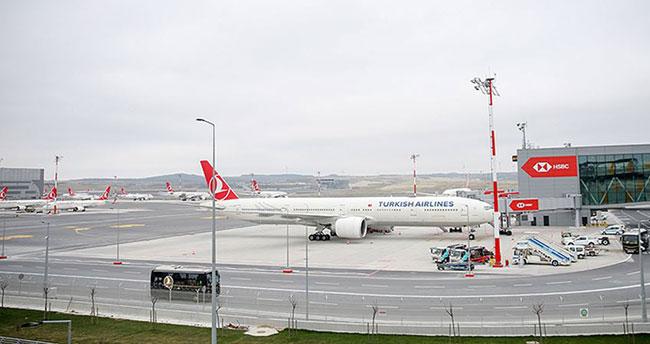 İstanbul Havalimanı'ndan ilk uçuş Ankara'ya