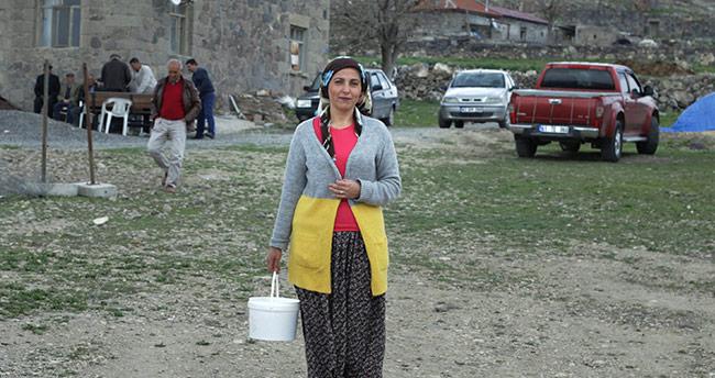 Konya'da eşinin bir oyla kaybettiği muhtarlığı 11 oy farkla aldı
