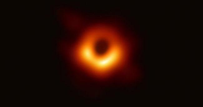 Tarihte bir ilk! Kara deliğin görüntüsü yayımlandı