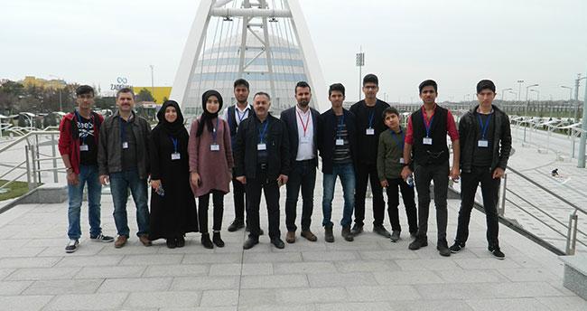 Adıyaman'dan gelen öğrenciler, Konya'da Bilim Merkezi Fuarını gezdi