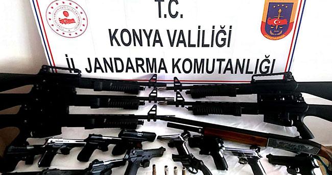 Konya'da jandarmadan silah operasyonu! Dede ve 2 torunu…