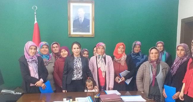 Konya'nın bu ilçesinde kadınlar da çilek üretecek