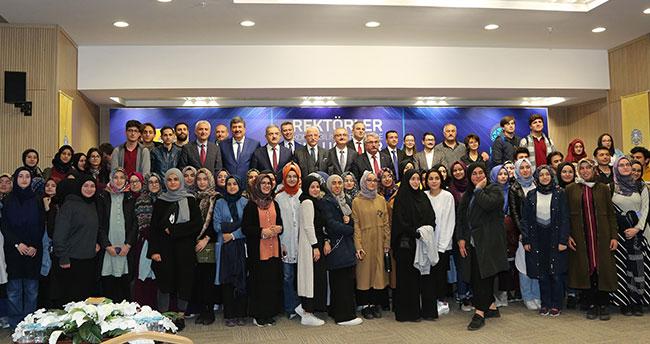 Konya'da rektörler Bilim Merkezinde öğrencilerle buluştu