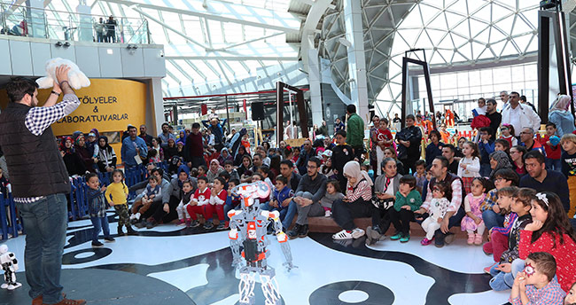 Konya Bilim Merkezi'nde 23 Nisan Bilim Şenliği düzenlendi