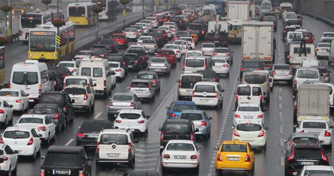 Trafik sigortalarına düzenleme! Kuralları ihlal eden daha fazla trafik sigortası ödeyecek