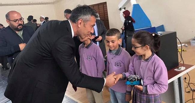 Ahırlı'da TÜBİTAK fuarı açıldı