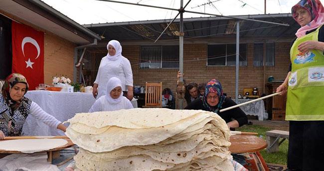Avustralyalı Türkler 'yufka ekmek' geleneğini sürdürüyor