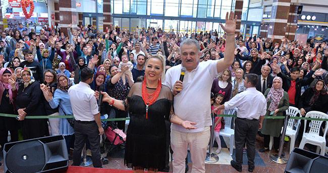 Safiye Soyman ve Faik Öztürk Konya'da
