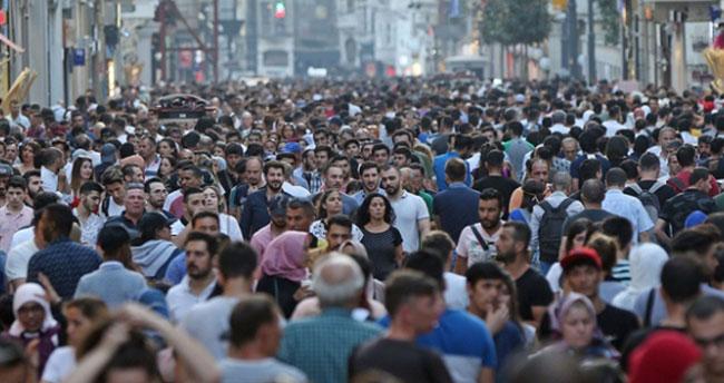 Türkiye'de genç nüfus oranı azalıyor