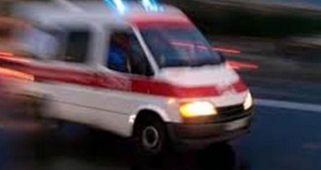 Konya'da otomobil kamyona arkadan çarptı